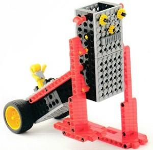 リヤカーを引きながら二足歩行で進むロボットです。
