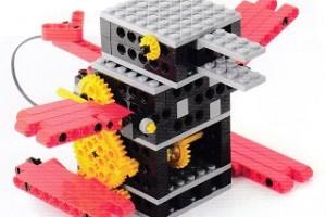 プライマリーコース1月作製ロボット『ロボダック』