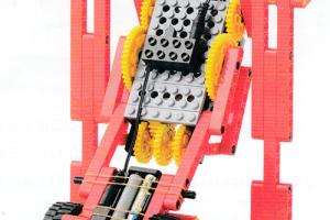 ミドルコース2月作製ロボット『サカアガリン』
