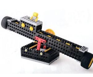 シーソーのように動くロボットです。