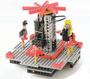 遊園地のメリーゴーランドを再現したロボットです。