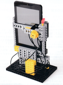 アドバンスプログラミング10~11月作製ロボット『カメラボ』