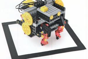 アドバンスプログラミング12~1月作製ロボット『モゾット』