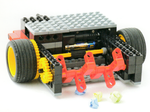 ベーシックコース5月作製ロボット『ロボクリーン』